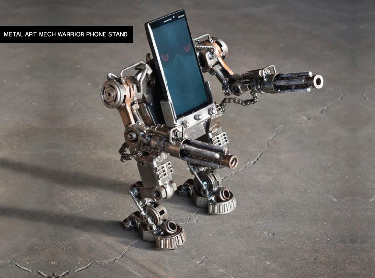 bahrain gadget Metal Art MECH Warrior Phone Stand