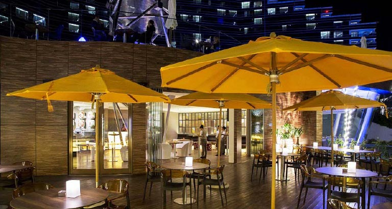 WU Restaurant and Lounge