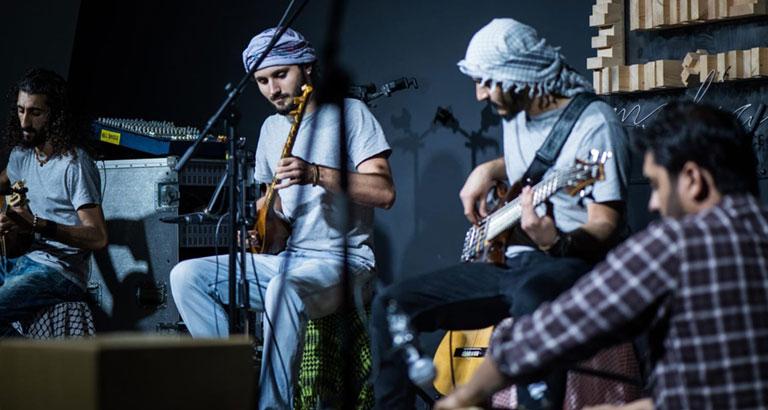 28 Bahraini folk songs recorded