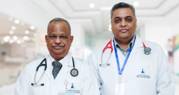 cardiologists dr nv rayudu and dr prashant prabhakar at bahrain specialist hospital
