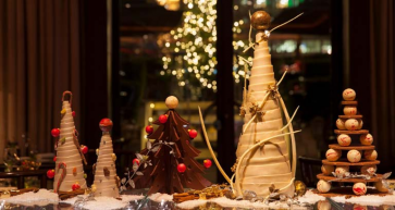 Four Seasons Hotel Bahrain Bay - Tis The Season To Sparkle