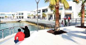 Sa'ada waterfront takes shape as outlets open
