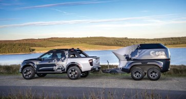 Nissan Navara Dark Sky Concept and Nissan Navara N-Guard